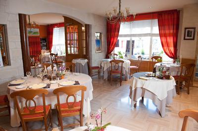 salle restaurant Au Chapeau Rouge Chinon